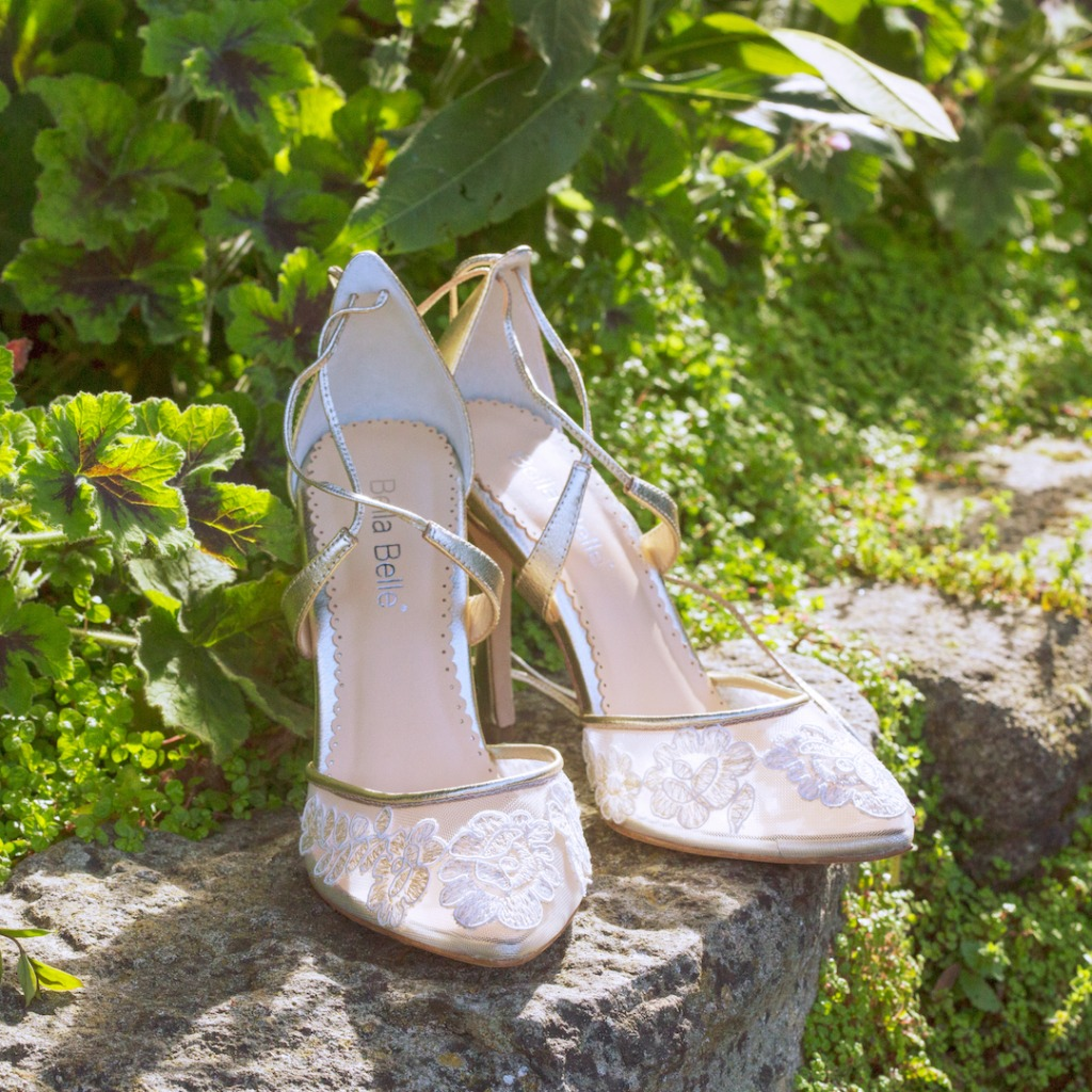 Is there anything prettier than lace? Lace wedding shoes with gold trim. Garden Wedding San Francisco.