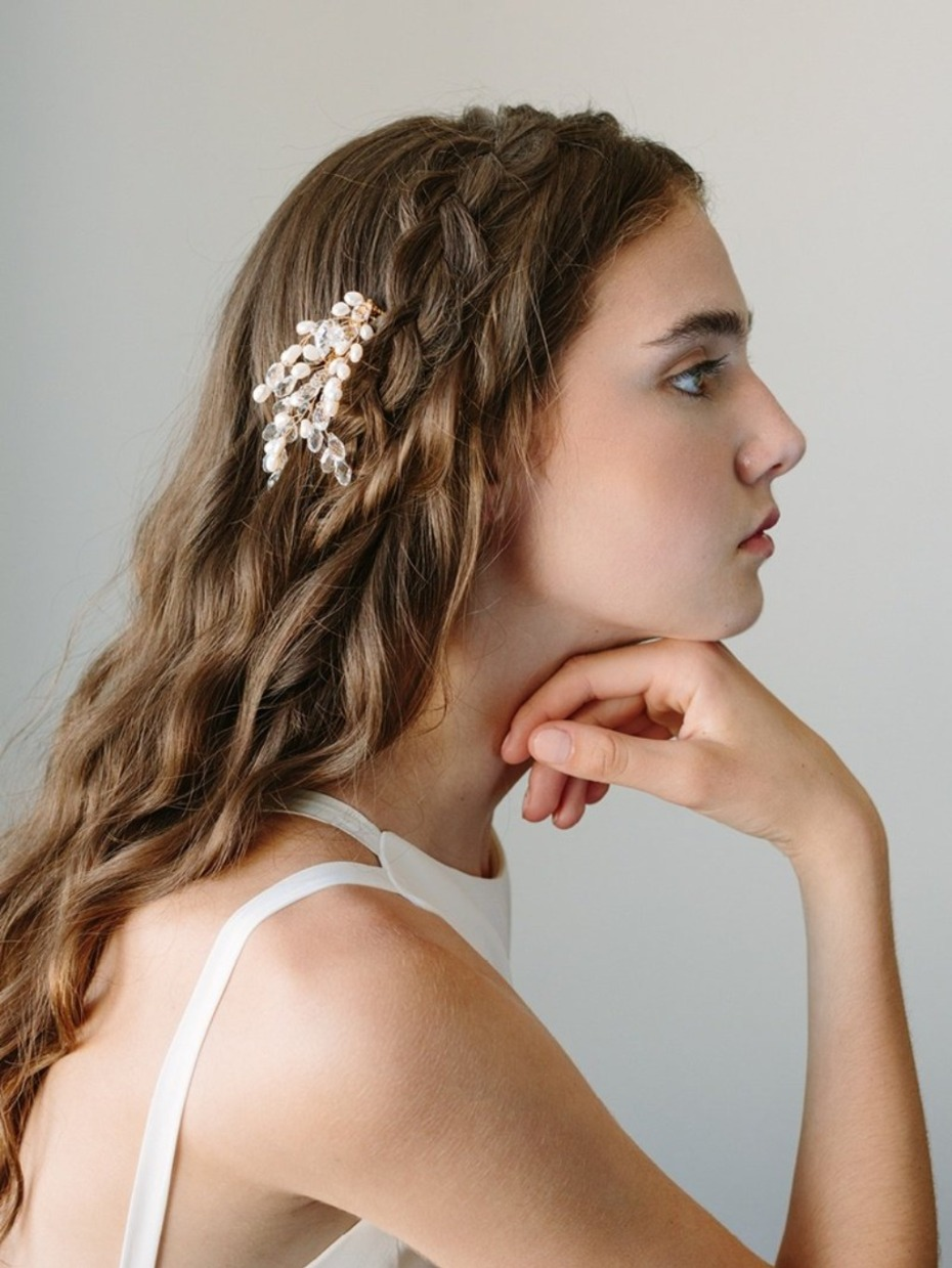 10 Wedding Hair Pieces We're Currently Crushing On