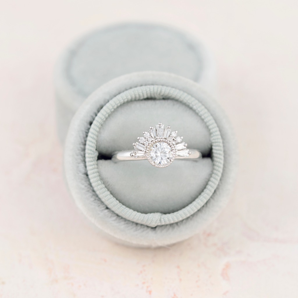 Obsessed with this Art Deco beauty. Our Aurora ring reminds me of a tiara fit for a princess. Set in white gold with diamonds, diamonds