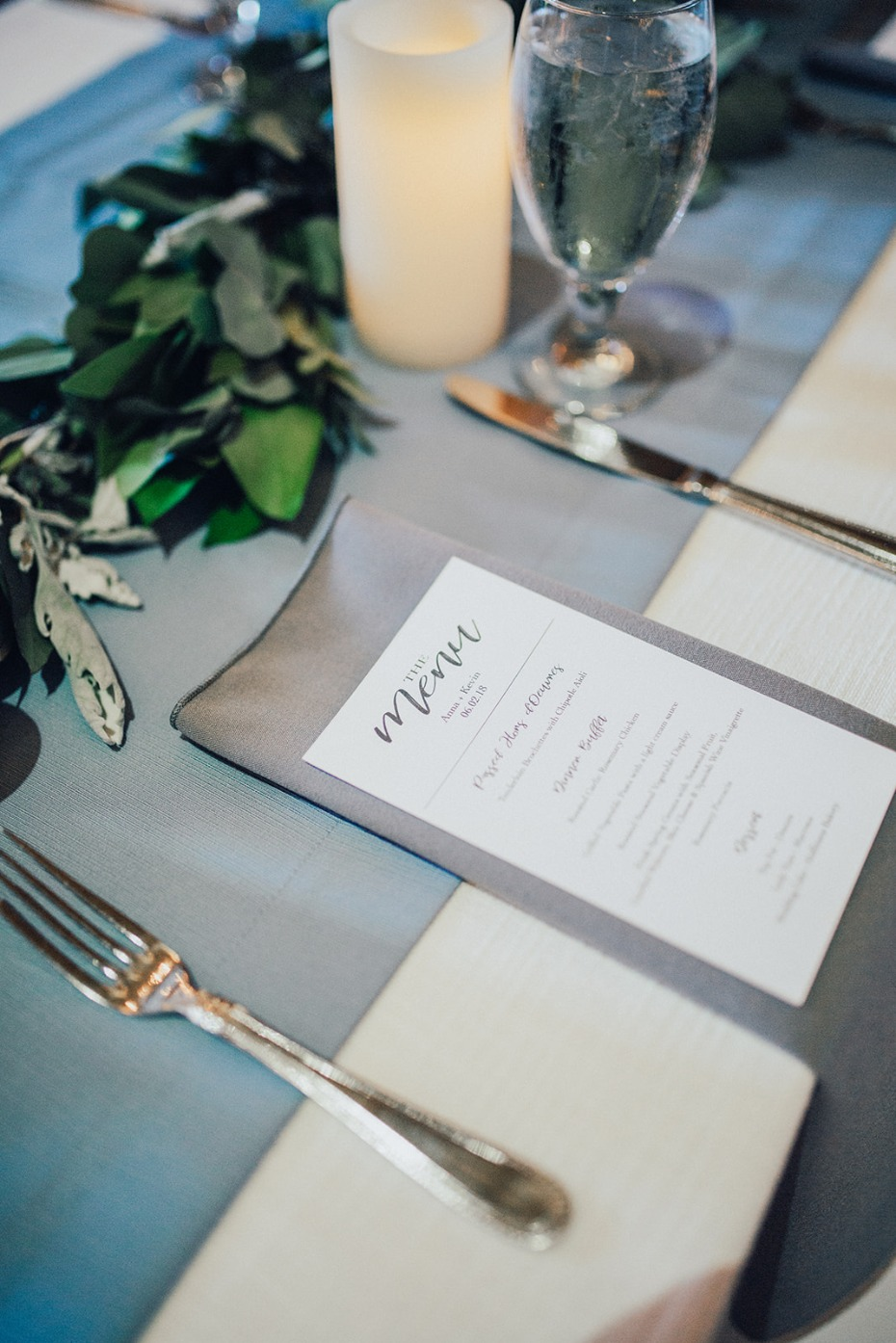blue and grey wedding table decor