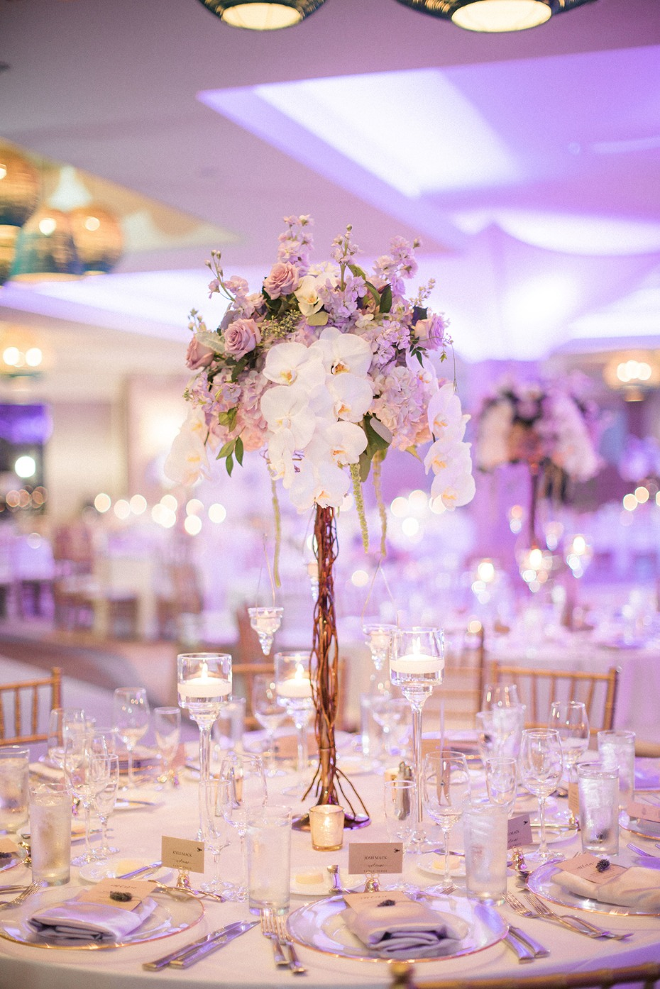 glam purple and gold wedding table