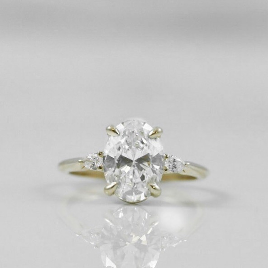Hailey Baldwin Engagement Ring Get the Look