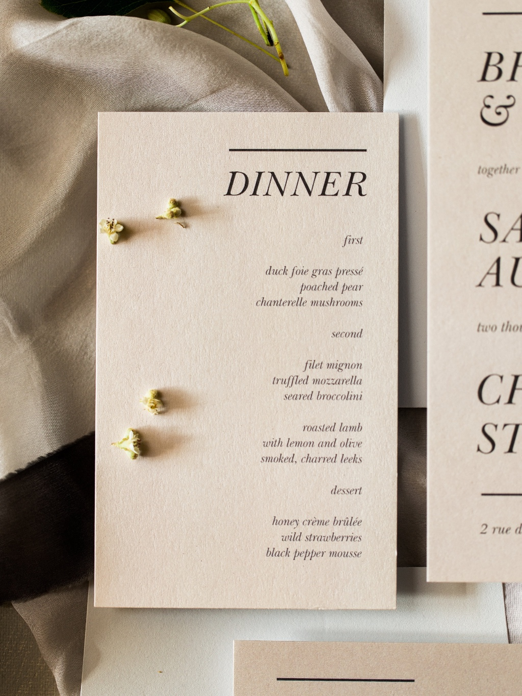 Dinner menus your guests will adore! Match your wedding day stationery to your invitation suite for a perfectly polished detail.