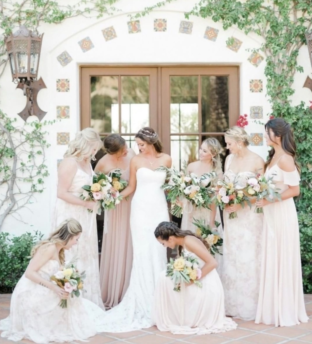 sprung for this pretty palette 🌸 #regram @bridalmusings #jennyyoobridesmaids #jennyyoo