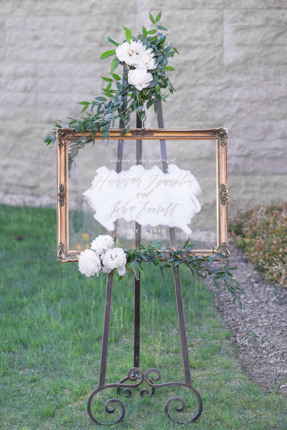 chic wedding sign