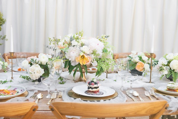 How To Have A Classic White And Gold Long Island Wedding