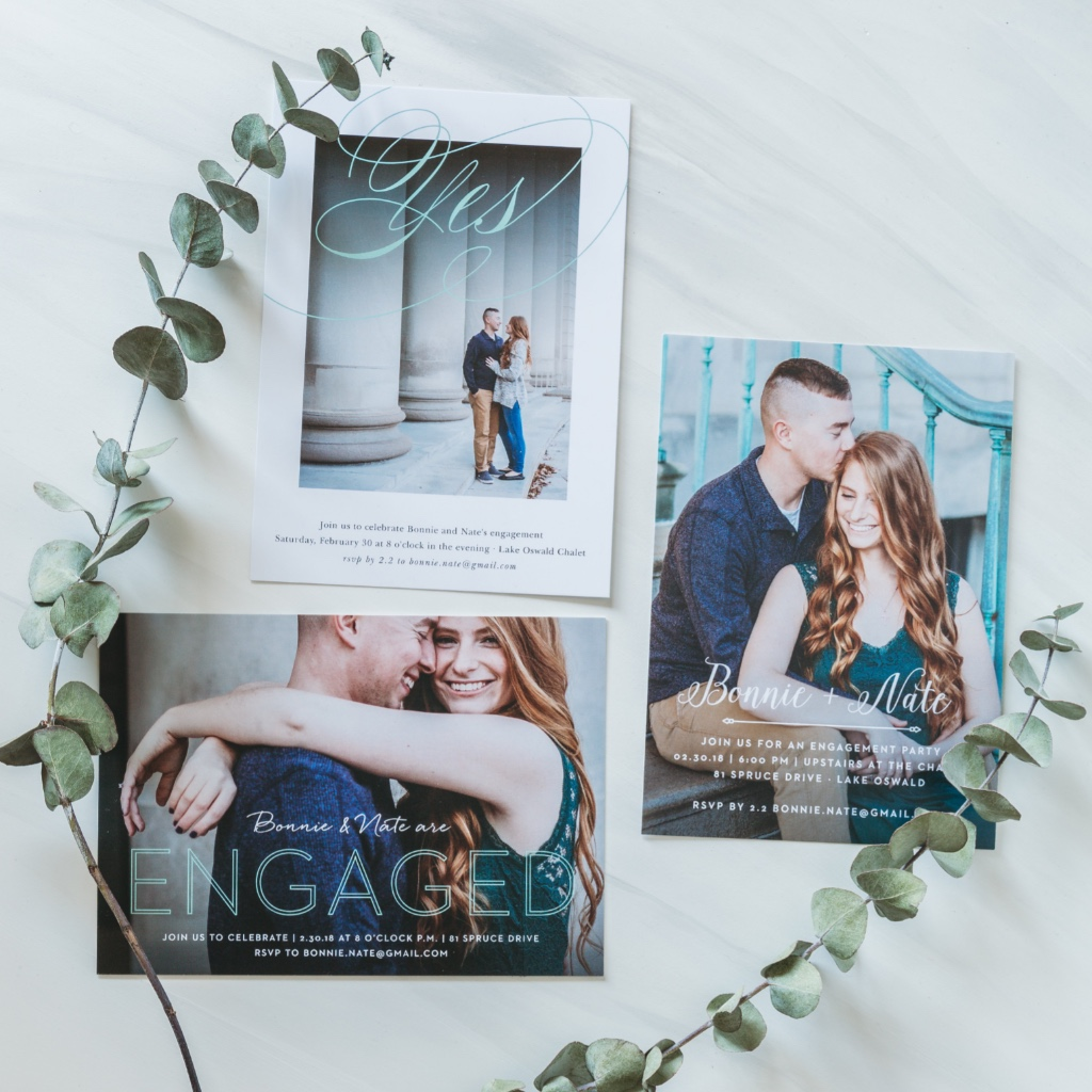 Custom photo engagement announcements... another awesome excuse to send out the cutest announcements and keep those wedding festivities