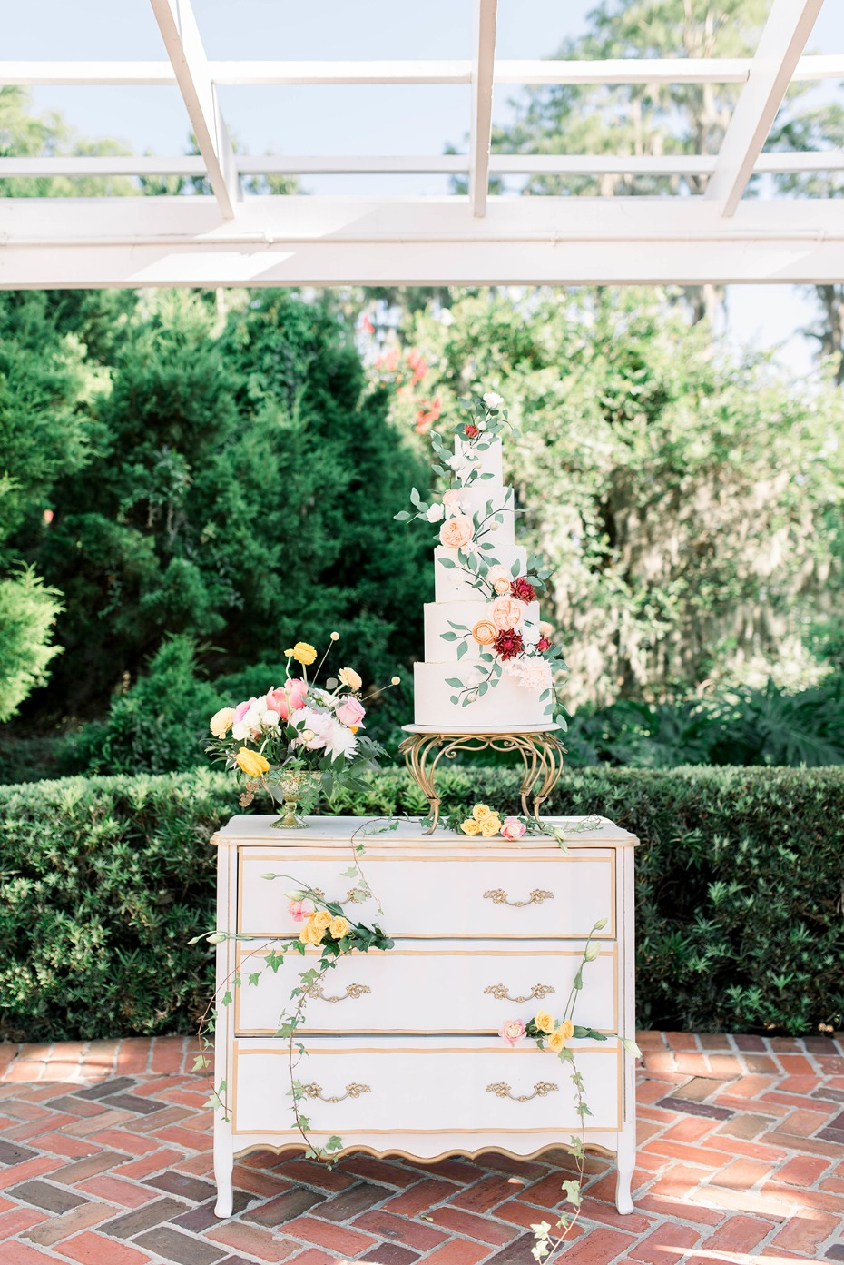 romantic white and gold vintage dresser cake table