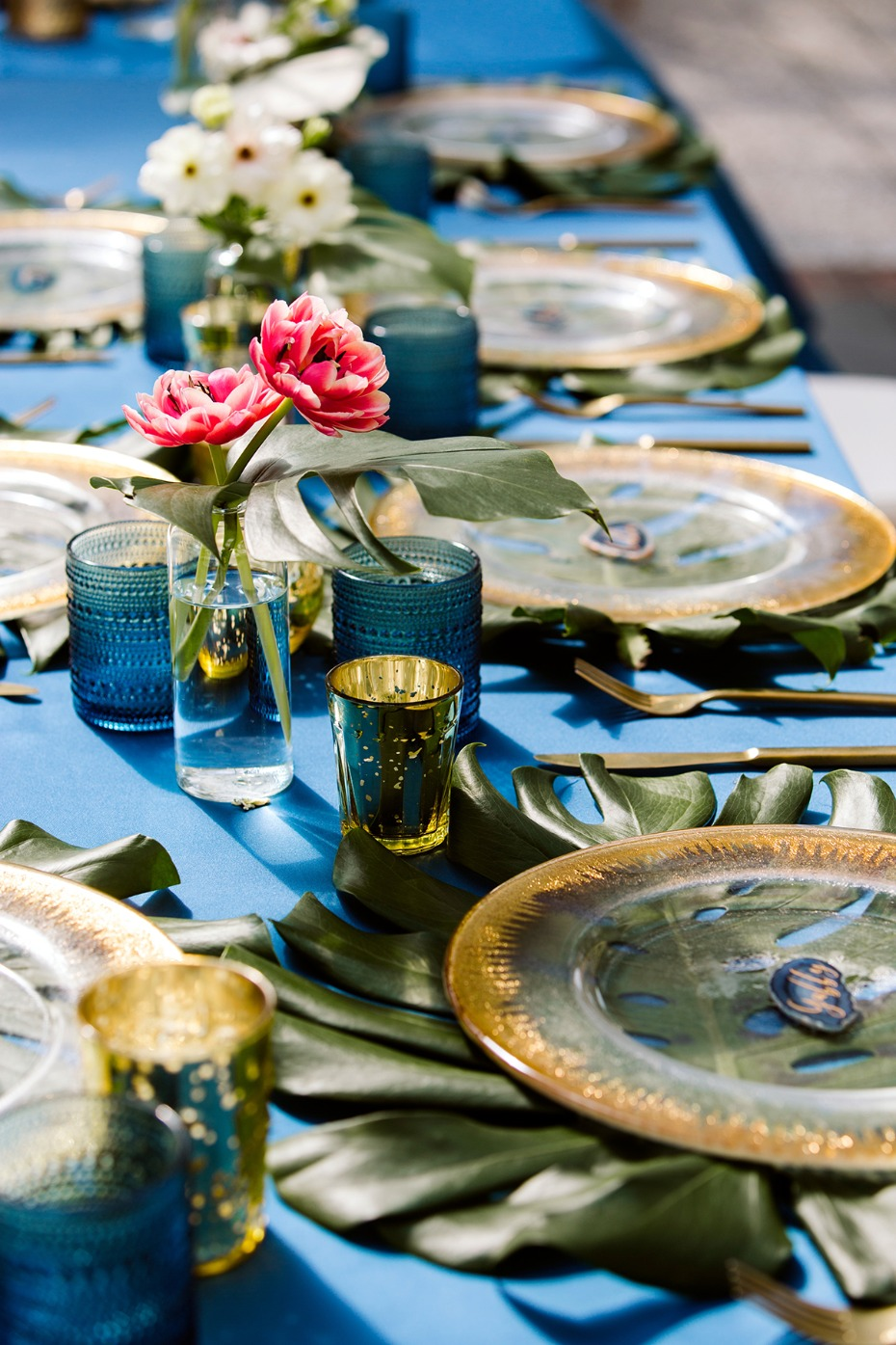 gold and royal blue boho style wedding table decor