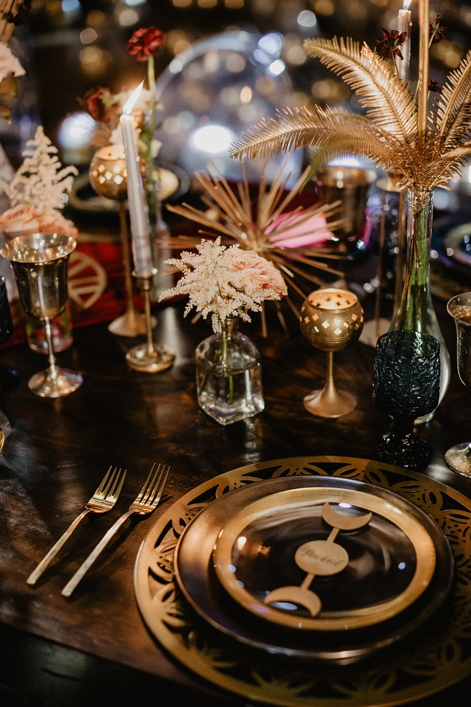 star inspired art deco place setting