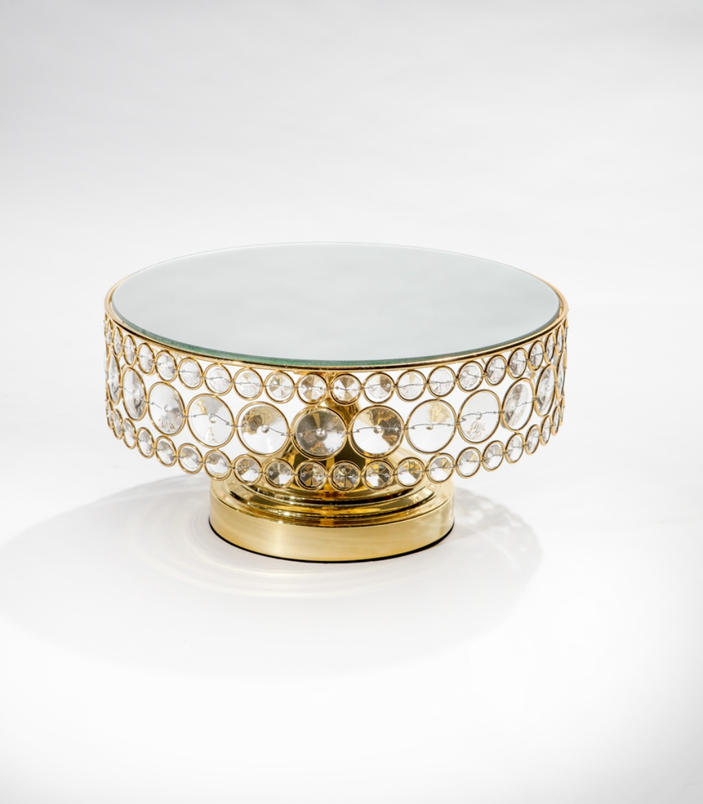 Opulent Treasures collection of cake stands, dessert stands, cupcake stands & more can help you to create a stunning wedding dessert