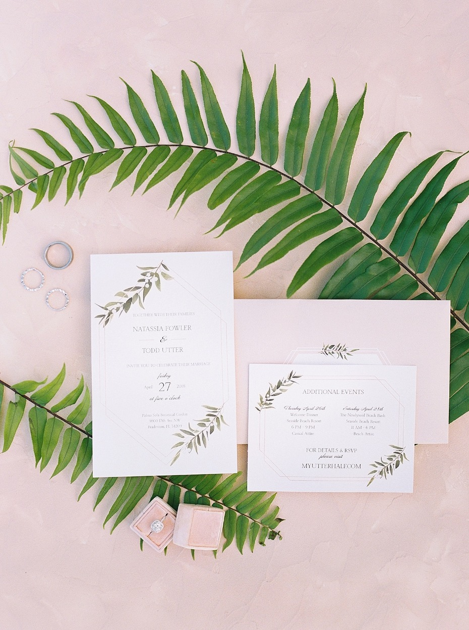 elegant tropical themed wedding invitations