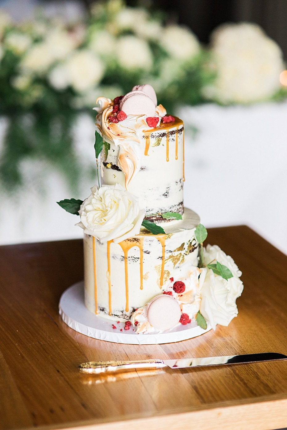 elegant drizzle wedding cake
