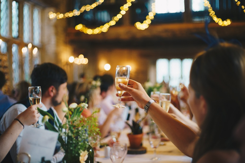 How to Politely Tell Your Guests They Need to Come Solo