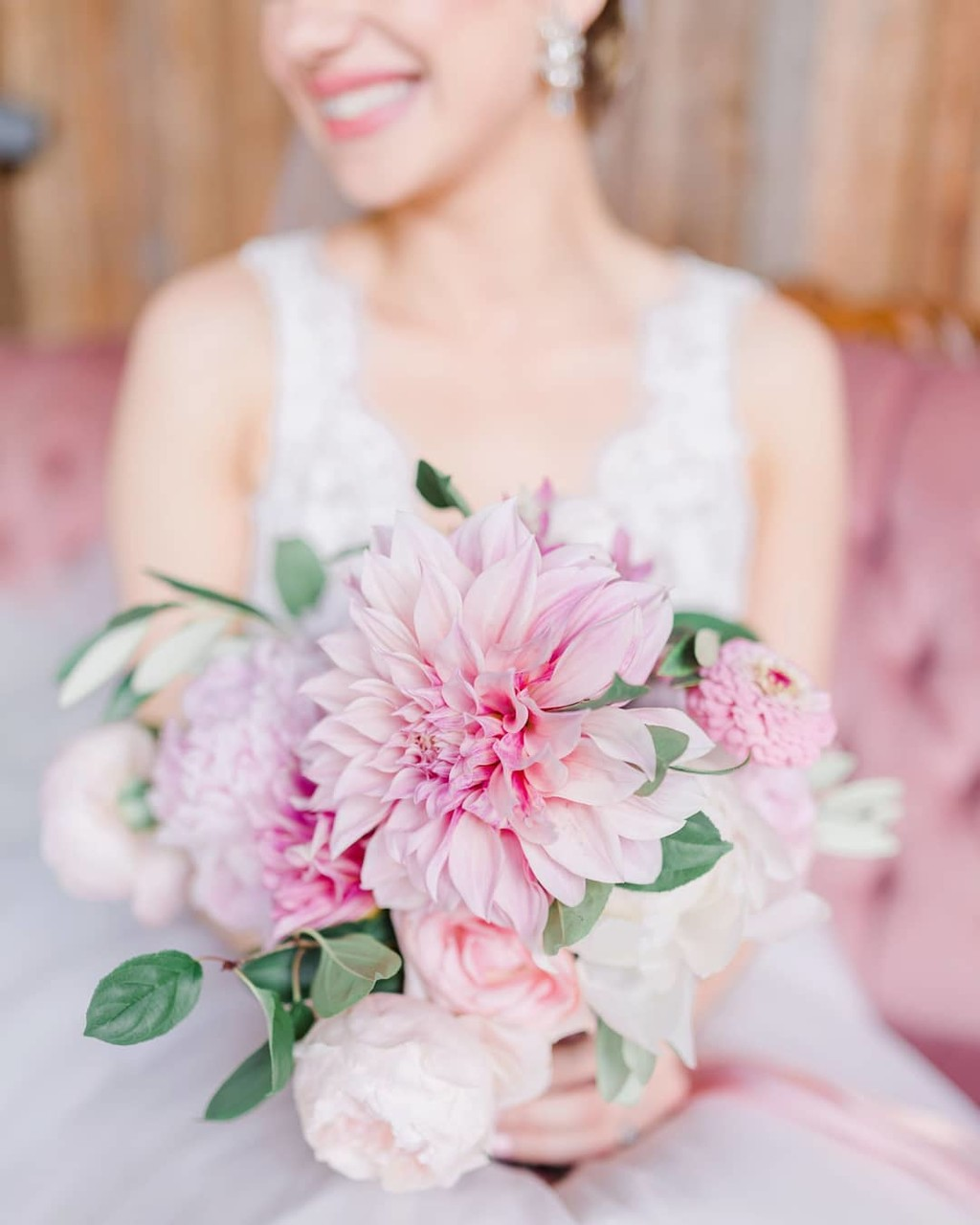 Going through Junophoto's portfolio to add to the new website and stumble on this beautiful bouquet from last year by