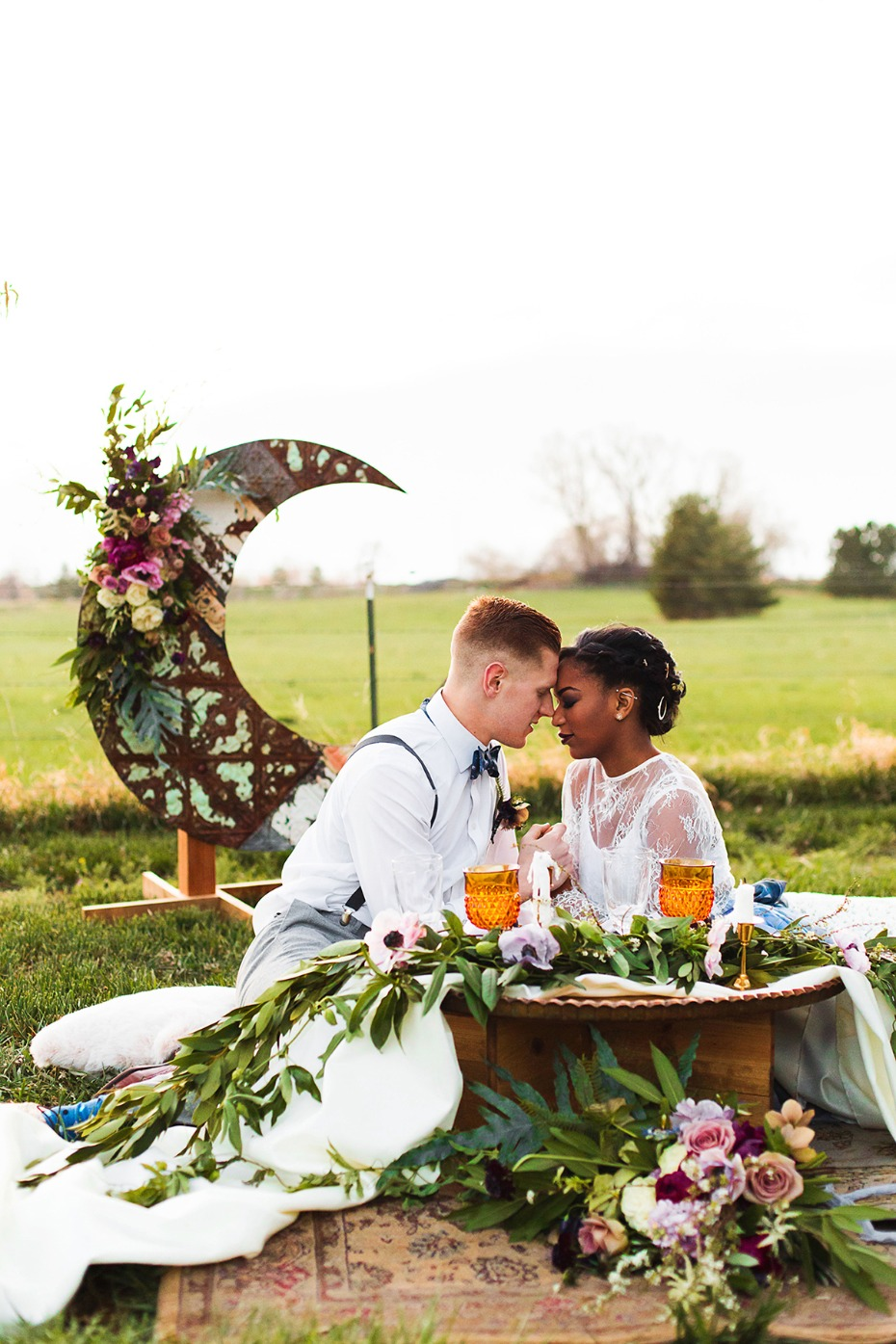 romantic moon sweetheart table idea