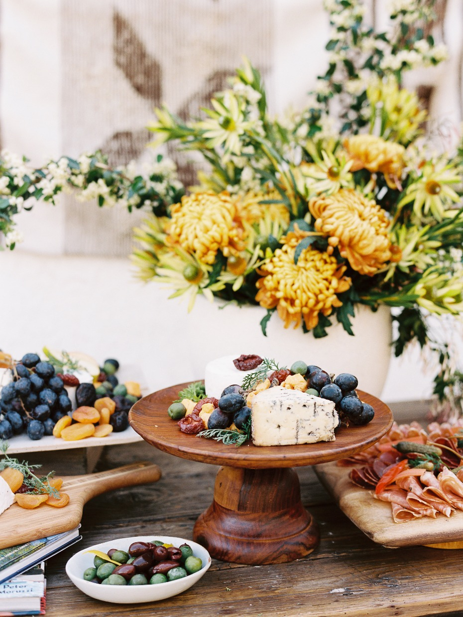 Summer Wedding Cocktail-Hour Ideas: Fresh Food Stations