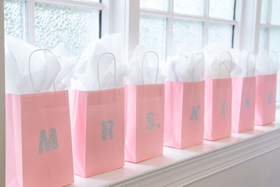use pink bags with glitter initials
