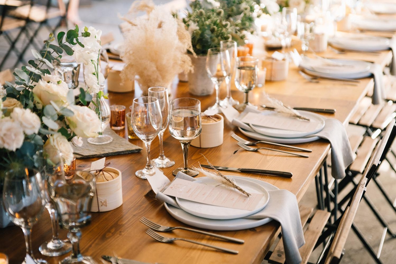 classic neutral wedding table decor