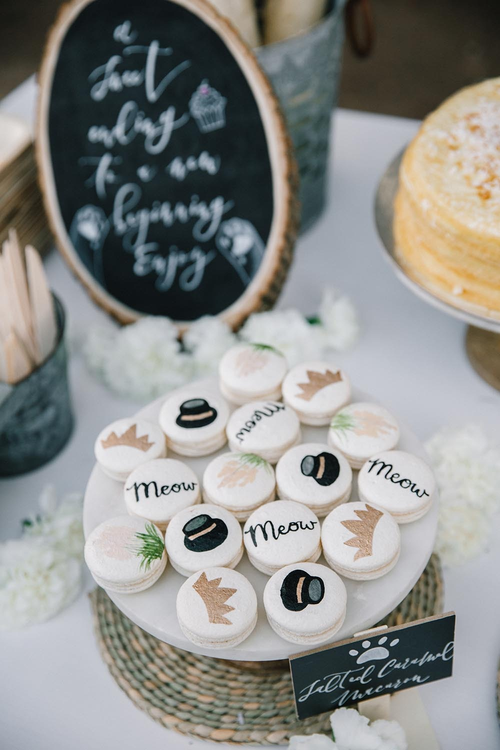 painted wedding macarons
