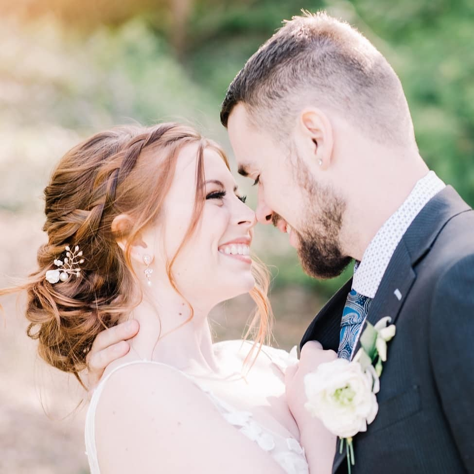 Rose gold + Red hair = 😍 The tiny rose gold floral hairpin was the perfect accent for this bride's vibrant hair!