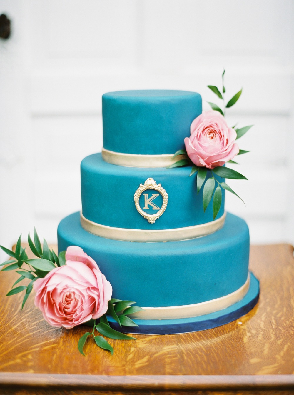 elegant blue and silver wedding cake