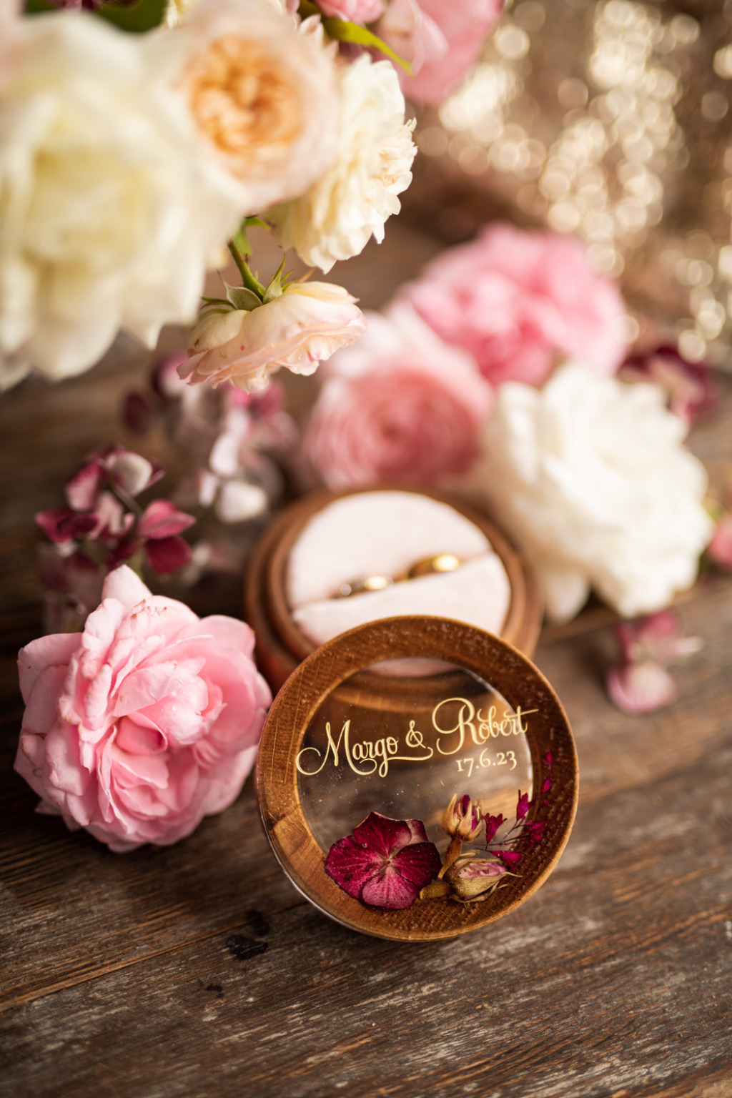 Engraved ring bearer box with real flowers