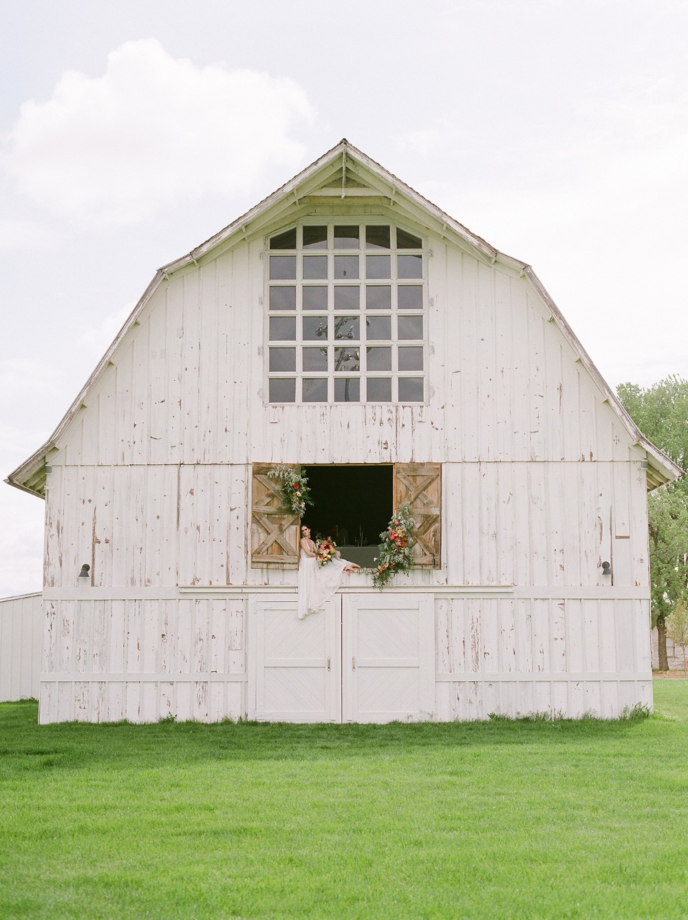 White Barn at Happy Valley