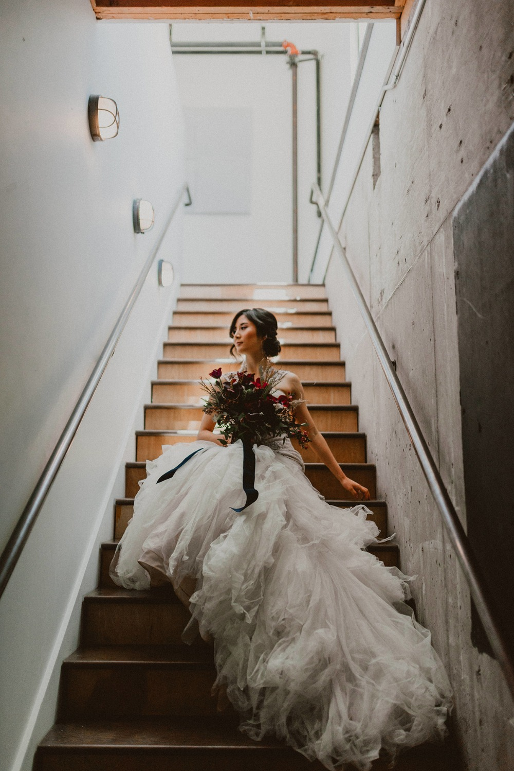 elegant bridal photo idea