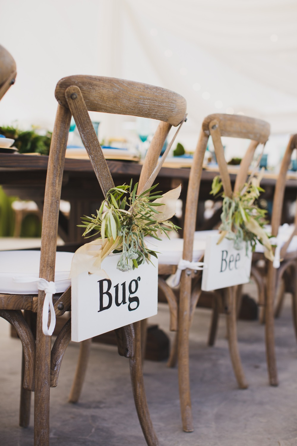 bride and groom personalized wedding signs