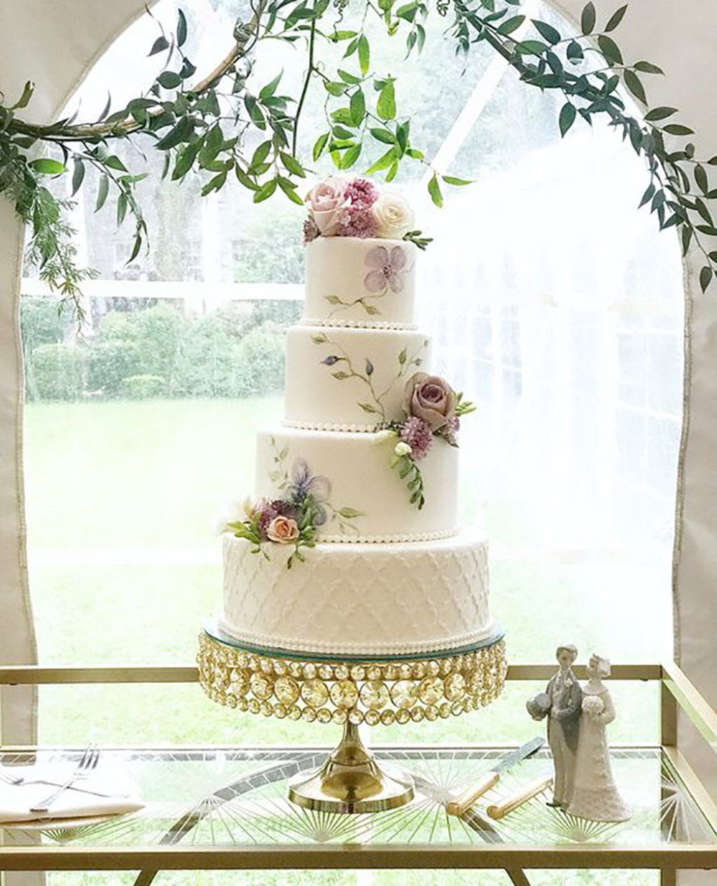 Royal Wedding at @linwoodestate. wedding cake by @thecouturecakery included hand painted flowers on Shiny Gold Bling Cake Stand created
