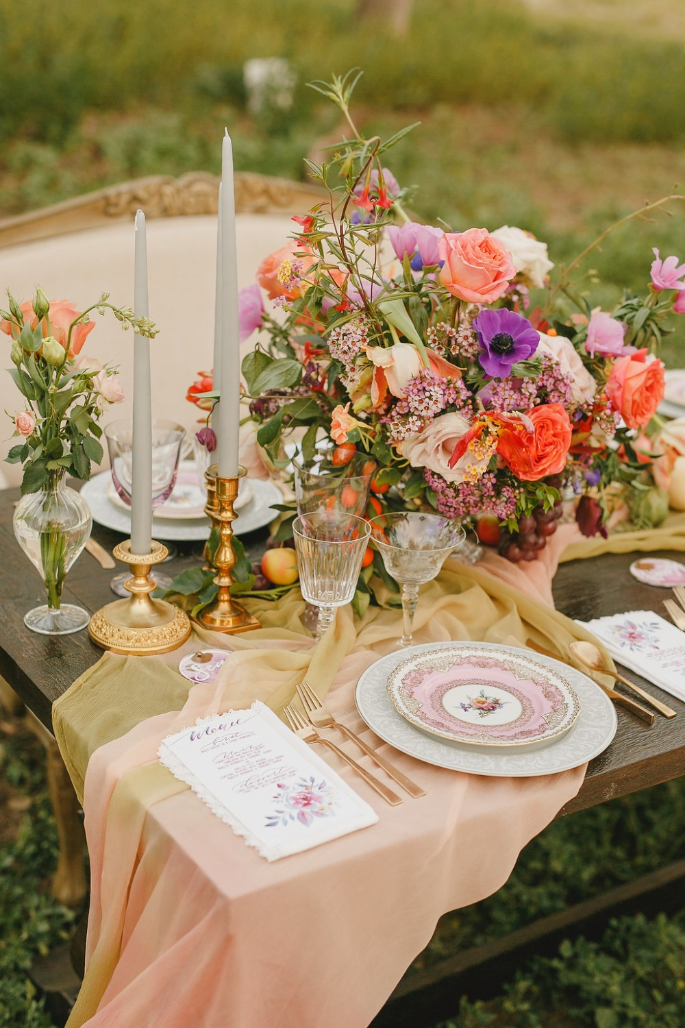 Floral Fairytale Shoot at Heavenly Oaks Flower Farm Tablescape