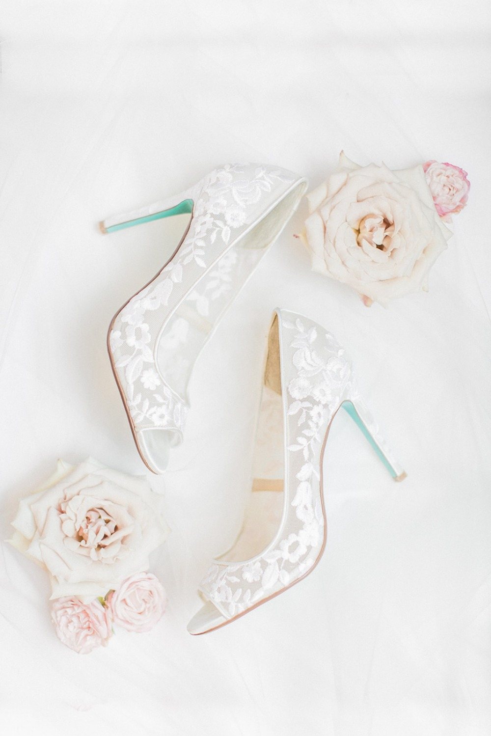 lacy wedding shoes