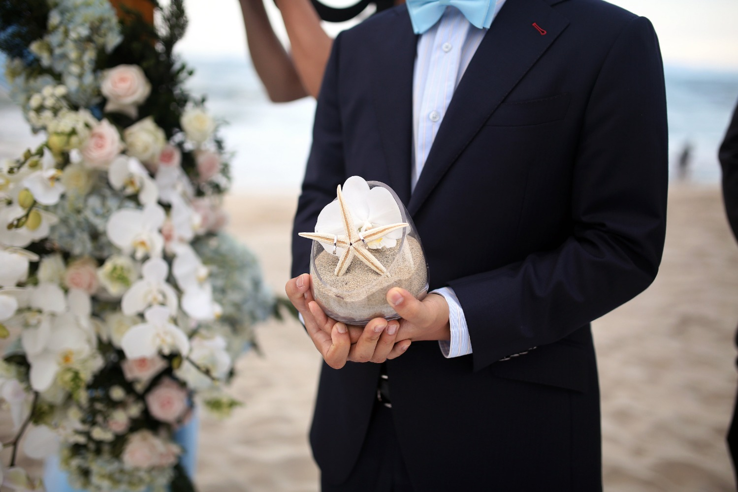 wedding ring starfish holder