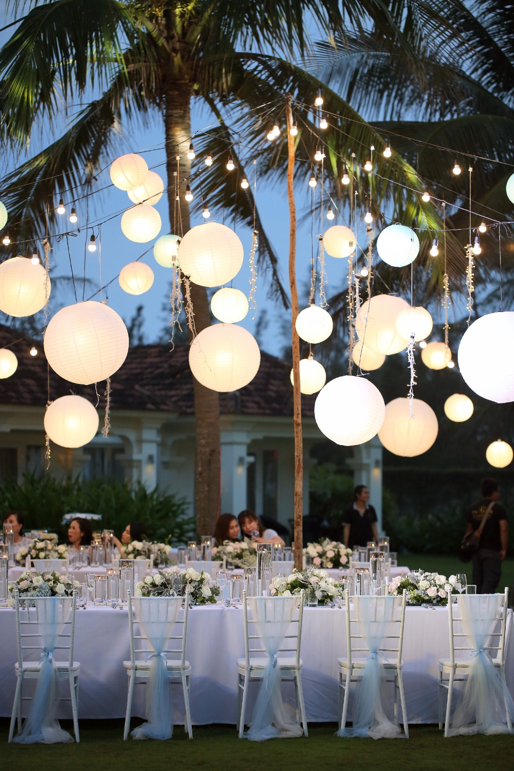 wedding lantern lights