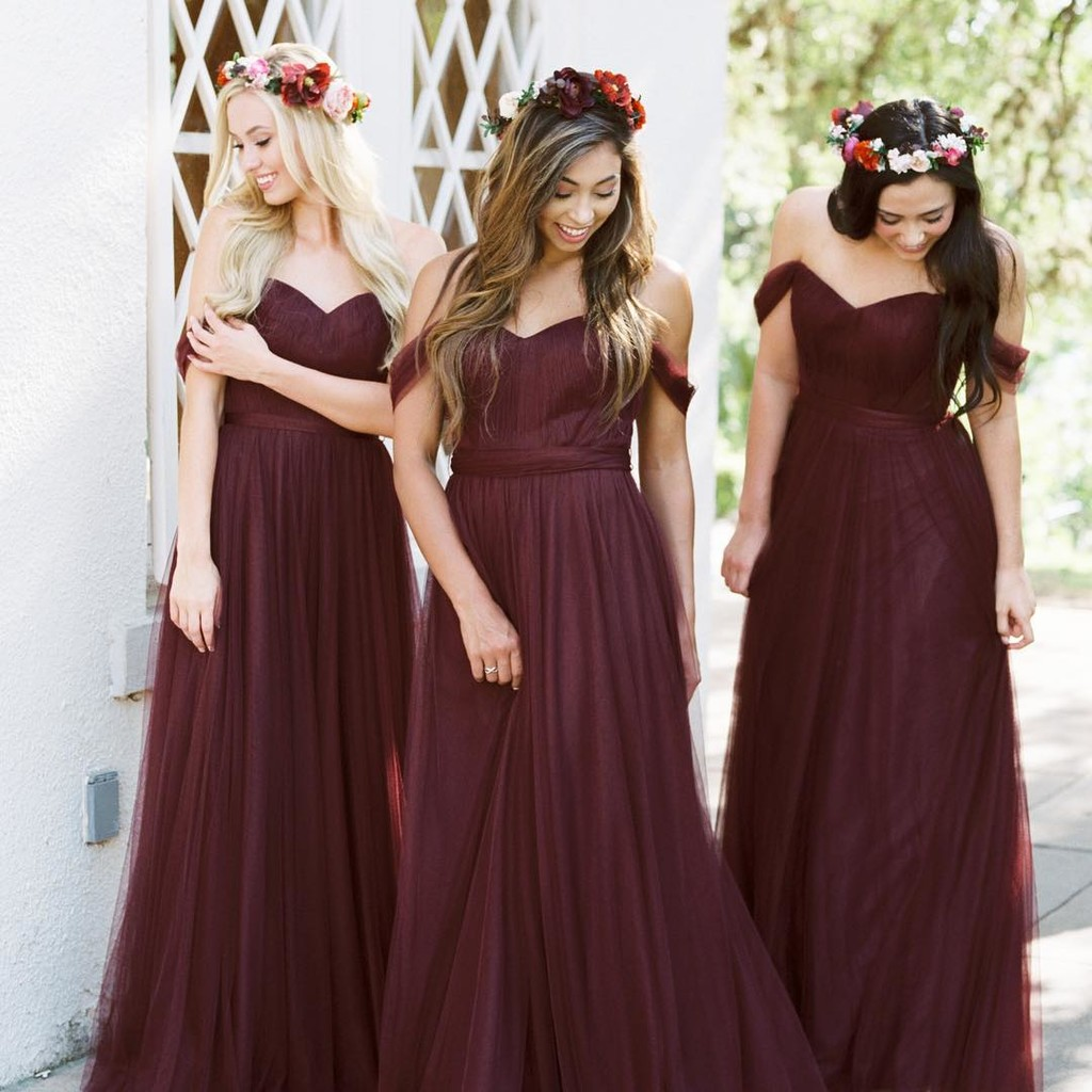 """The perfect Cabernet hues for the dreamiest """"I dos.""""❤️"""