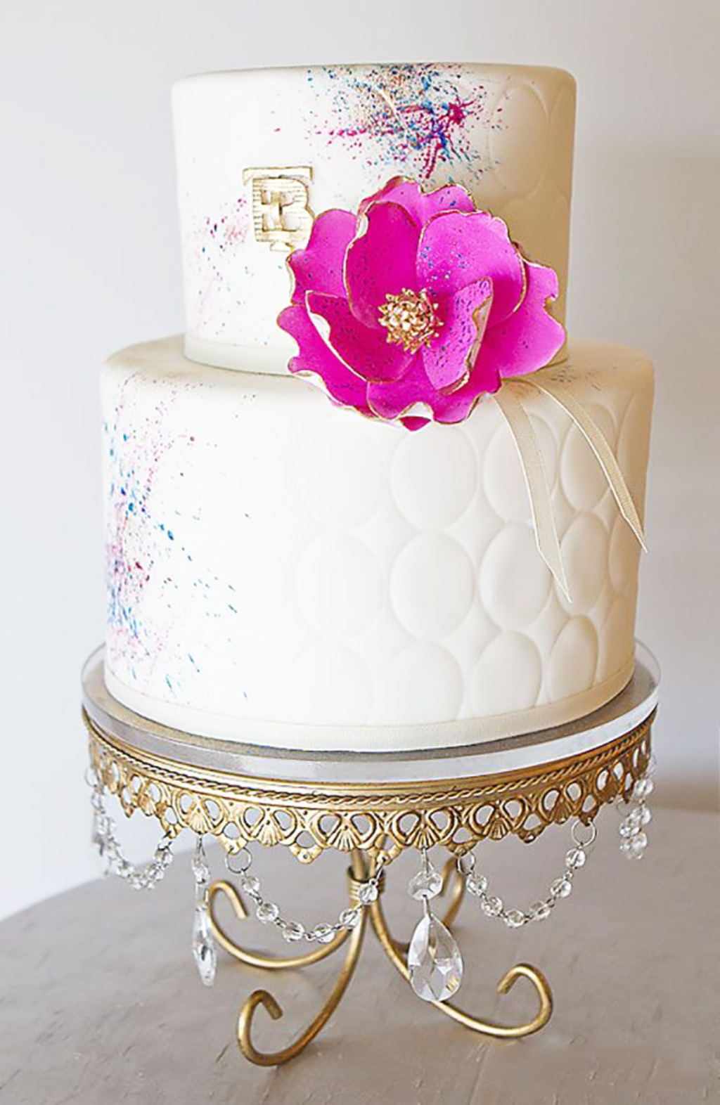 Pretty Wedding Cakes ...Wedding cake: The Pastry Studio // Antique Gold Chandelier Cake Stand: Opulent Treasures