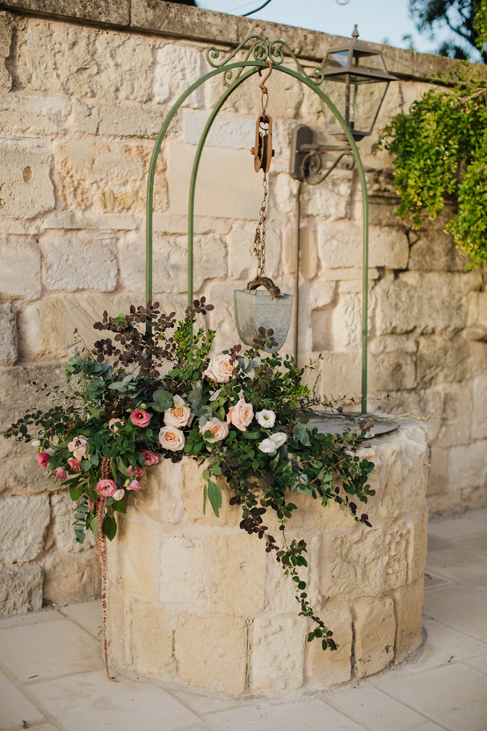overgrown wedding flower decor
