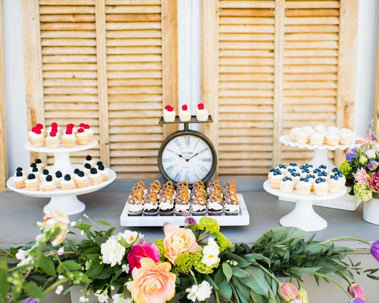 wedding dessert table idea