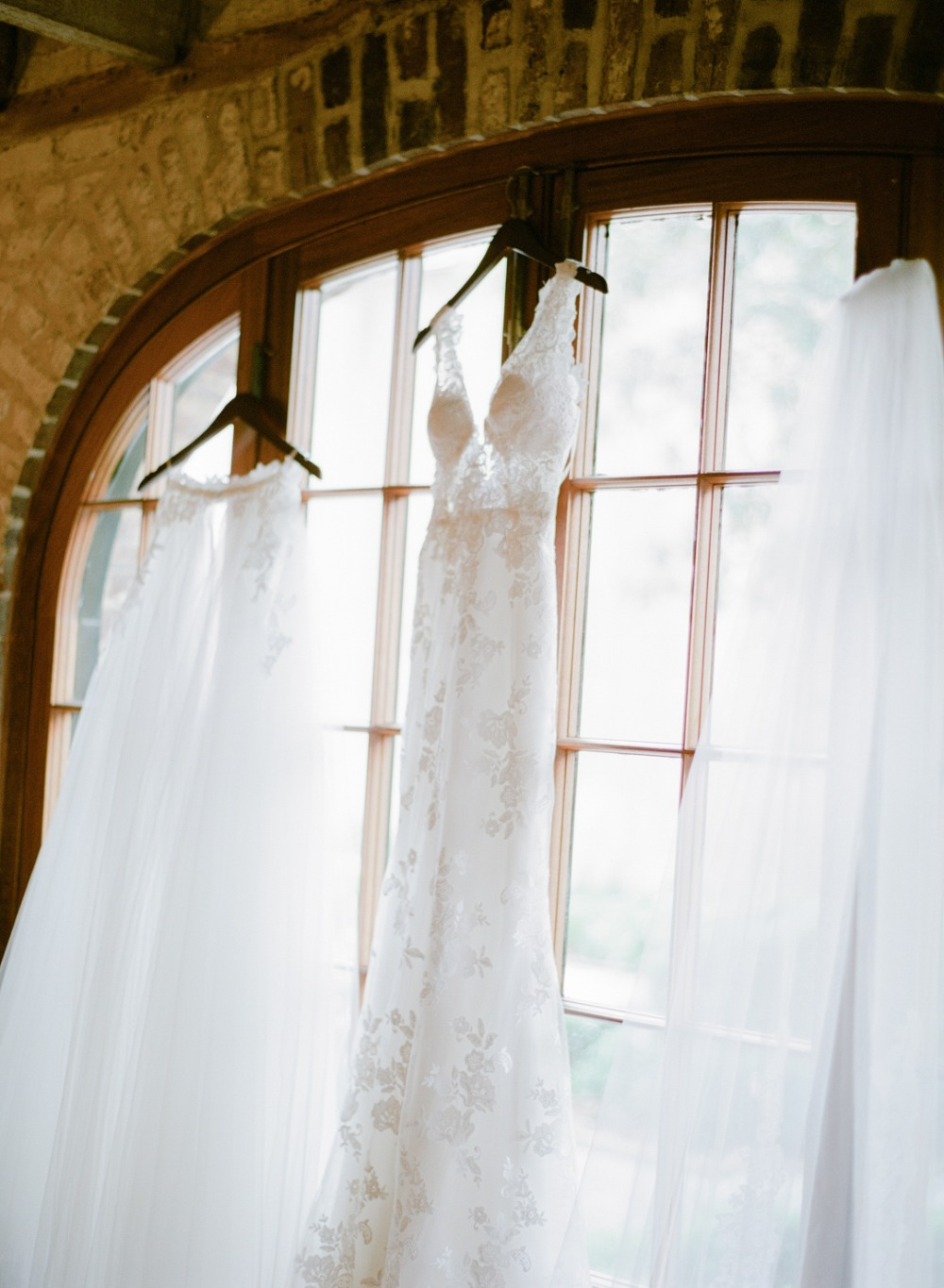 wedding dress for your classic wedding