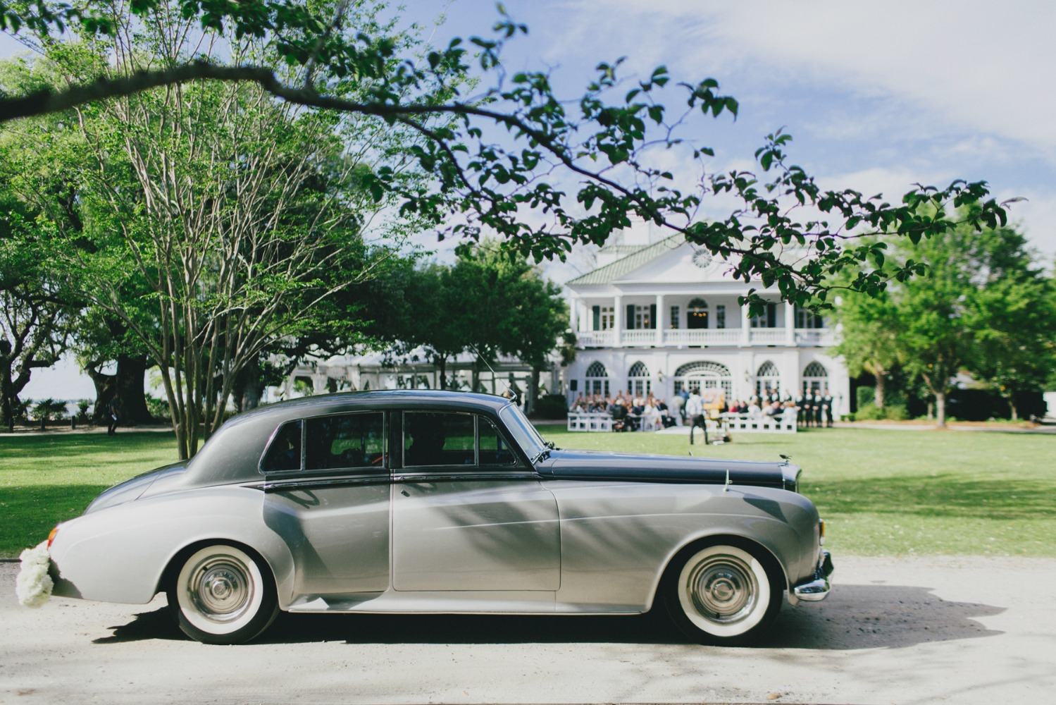 vintage Bentley wedding ride