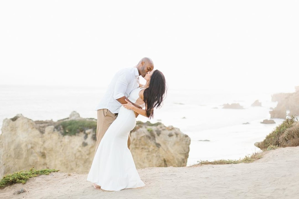 Tara and Taurean ROCKED yesterday's Malibu engagement session. How incredible is this view?! 💯⠀