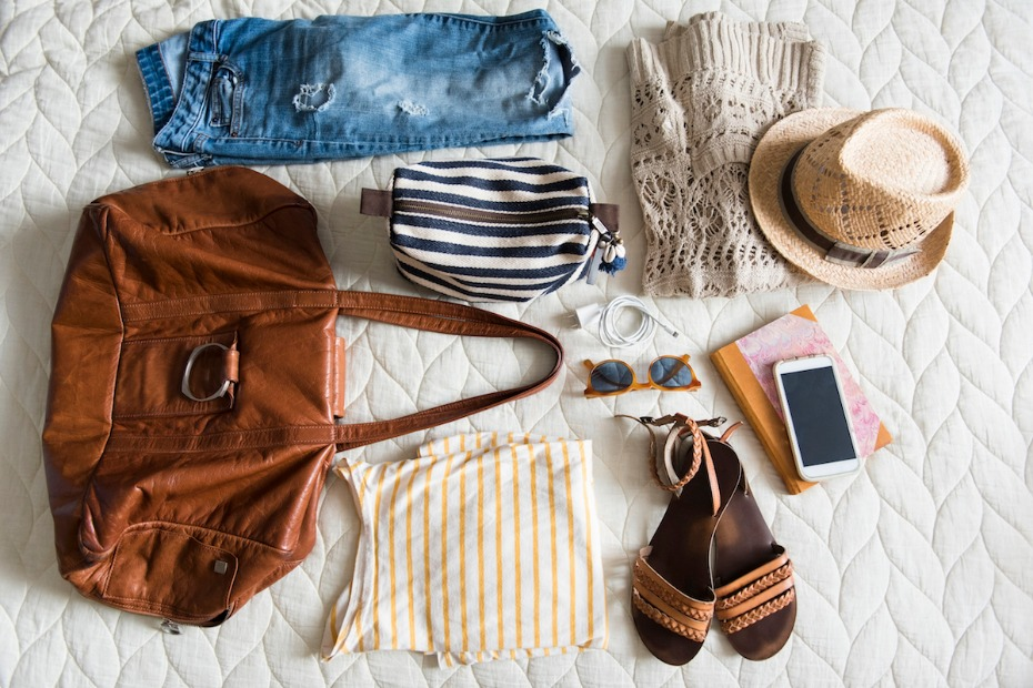 Honeymoon what to pack in your suitcase