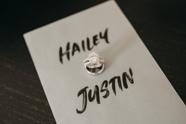 Hailey Baldwin And Justin Bieber Are Married!