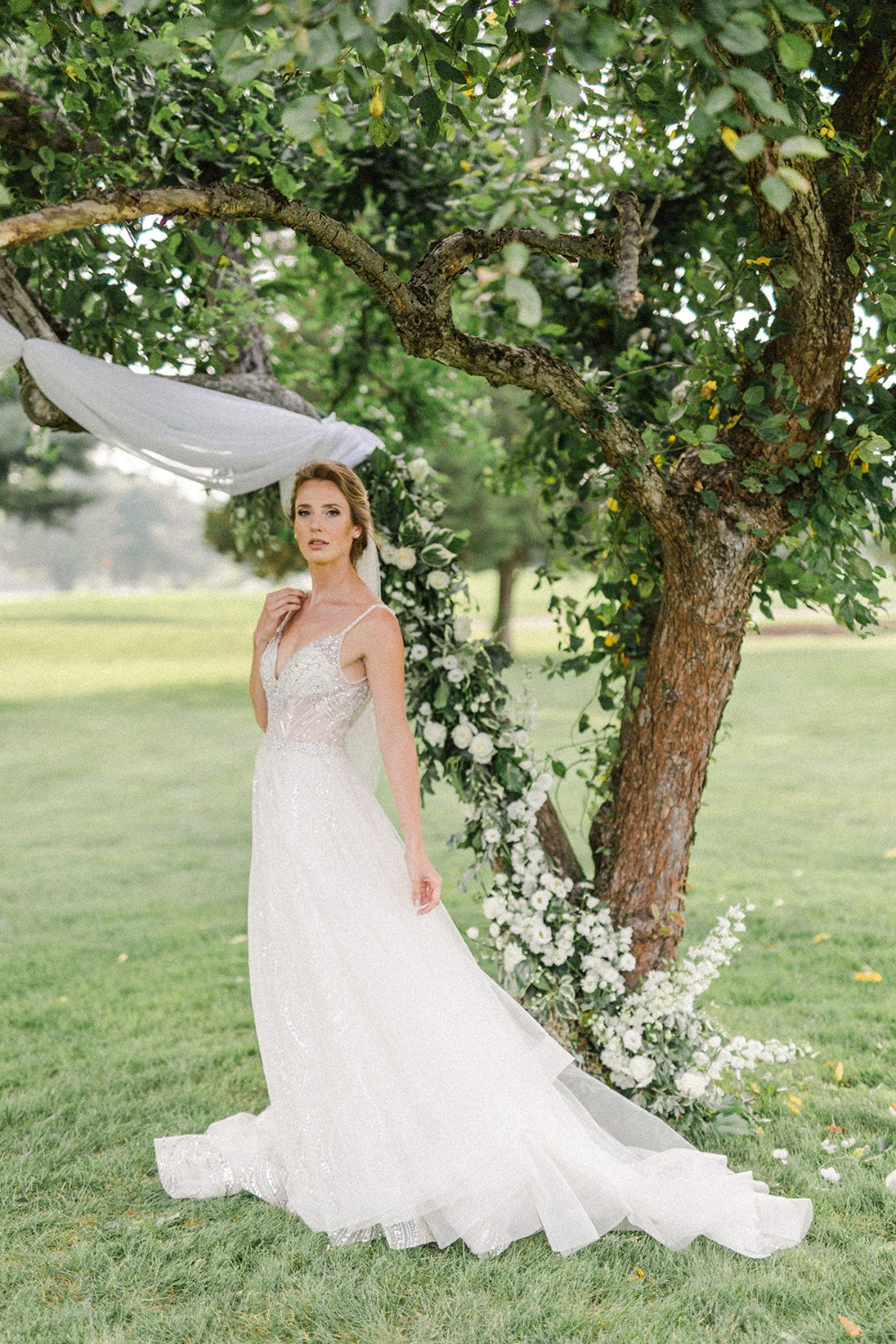 glam romantic bridal style