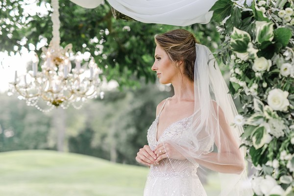 How To Have A Chic Version Of Your Childhood Dream Wedding