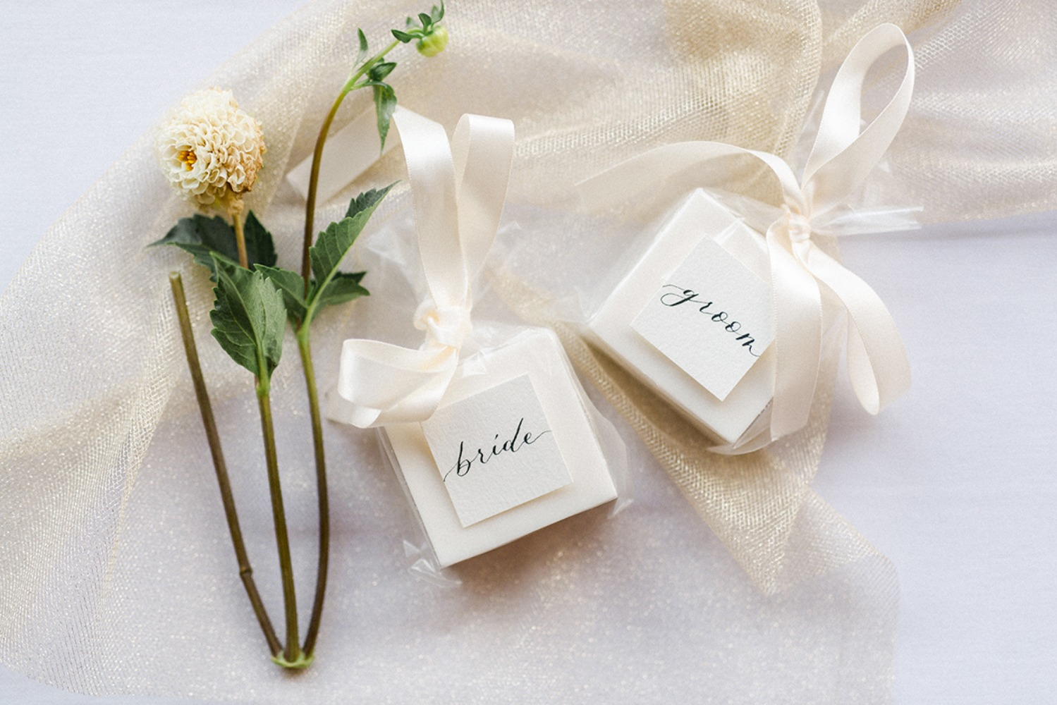 his and hers wedding ring boxes