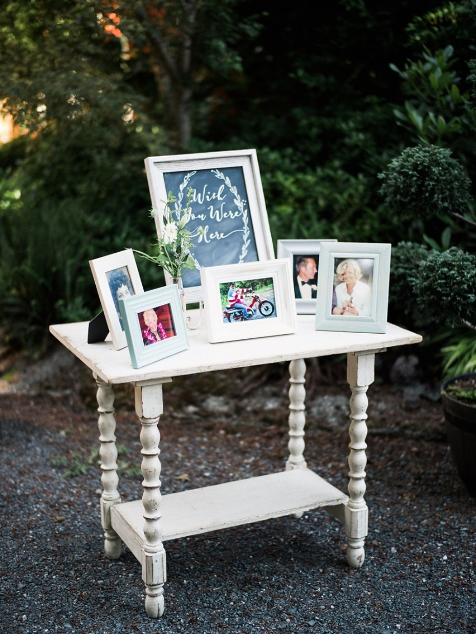 Wedding Remembrance Photo Table