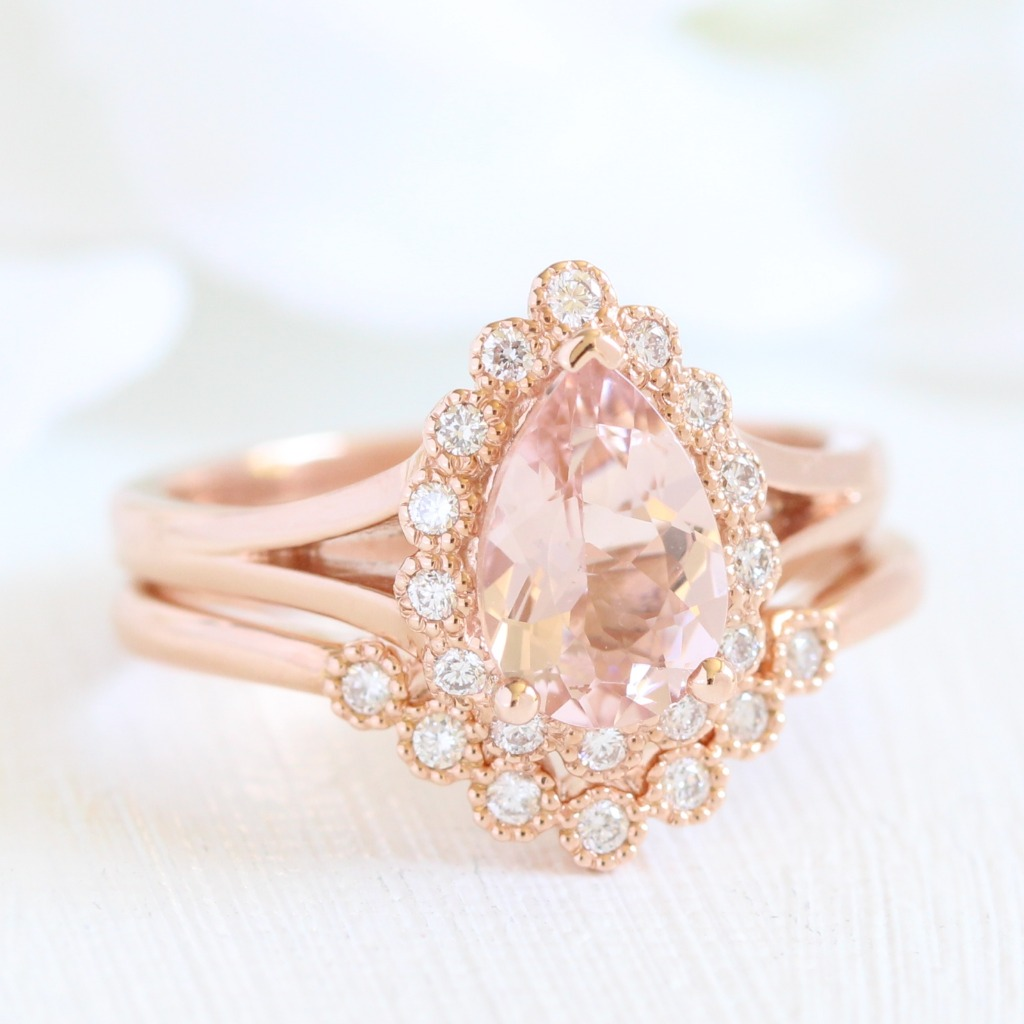 Pretty in peach with vintage touches ~ See more from our vintage inspired bridal sets!