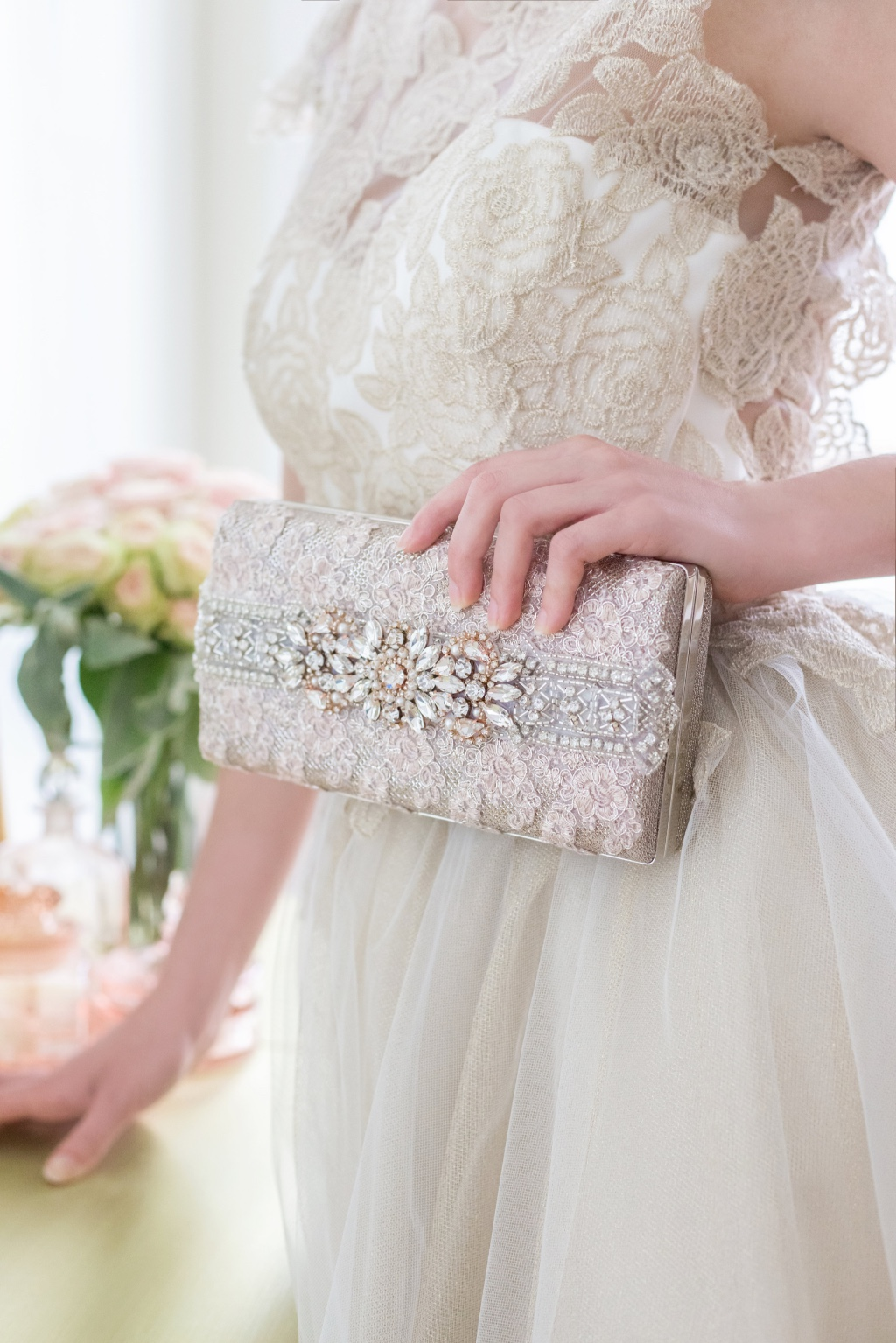 Make a statement with a gorgeous rose gold bridal clutch.